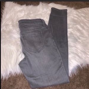 Old Navy Rockstar Distressed Jeans Gray Size 8
